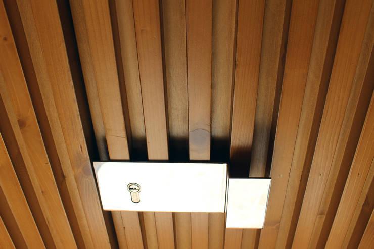 HOUSE NM_PÓVOA DE VARZIM_2015: Casas  por PFS-arquitectura