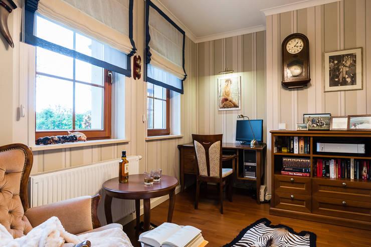 Pokój Pana domu: styl , w kategorii Salon zaprojektowany przez Gzowska&Ossowska Pracownie Architektury Wnętrz