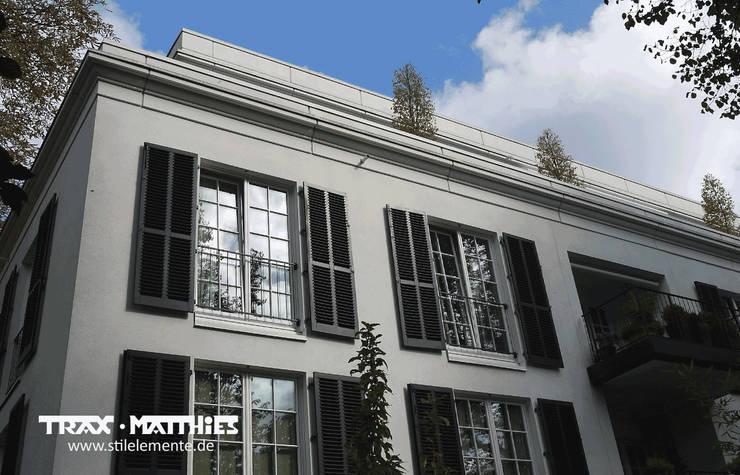 Betonfertigteil Dachfries:  Häuser von TRAX-MATTHIES Säulen Balustraden Stuck
