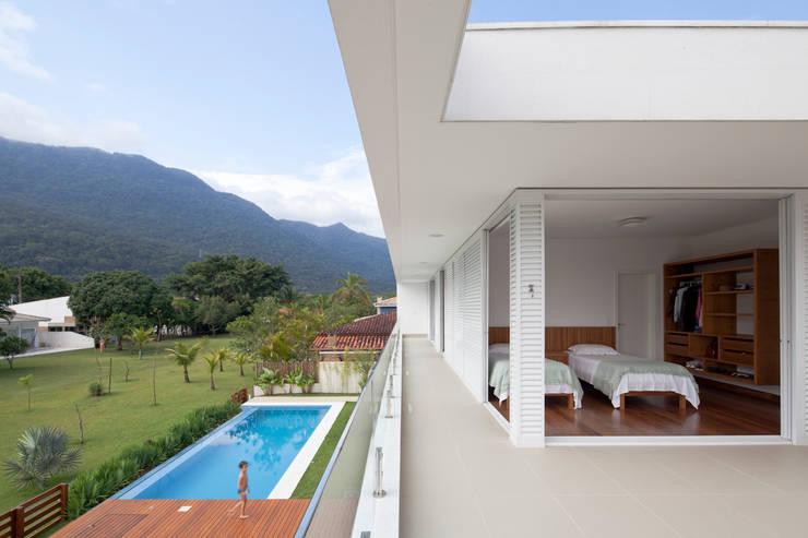 Projekty,  Taras zaprojektowane przez Conrado Ceravolo Arquitetos