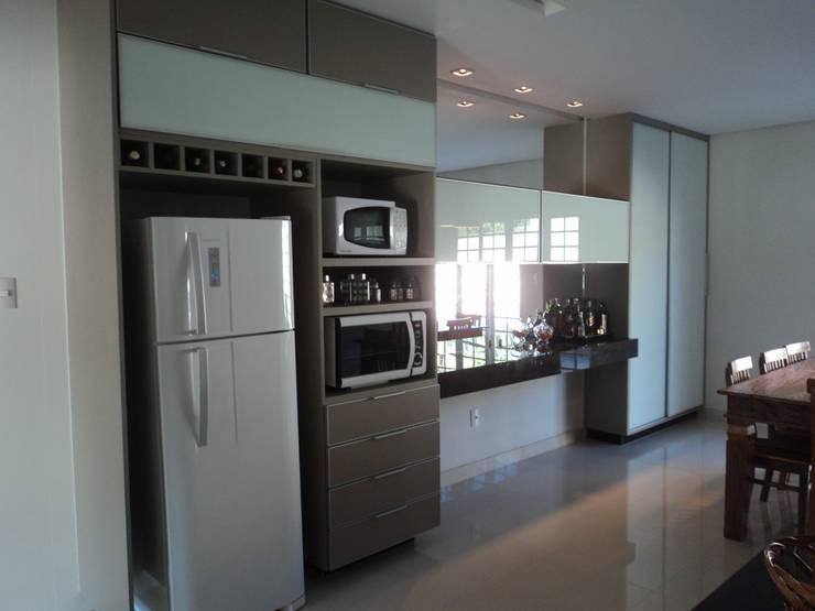 Espaço Gourmet: Cozinhas modernas por Edifique Arquitetura & Interiores