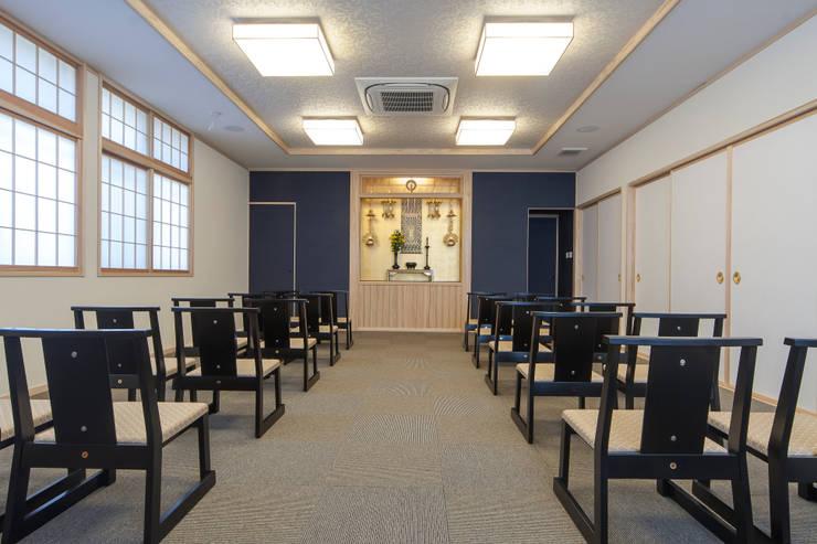 de estilo  por 福井建築設計室, Clásico Madera Acabado en madera