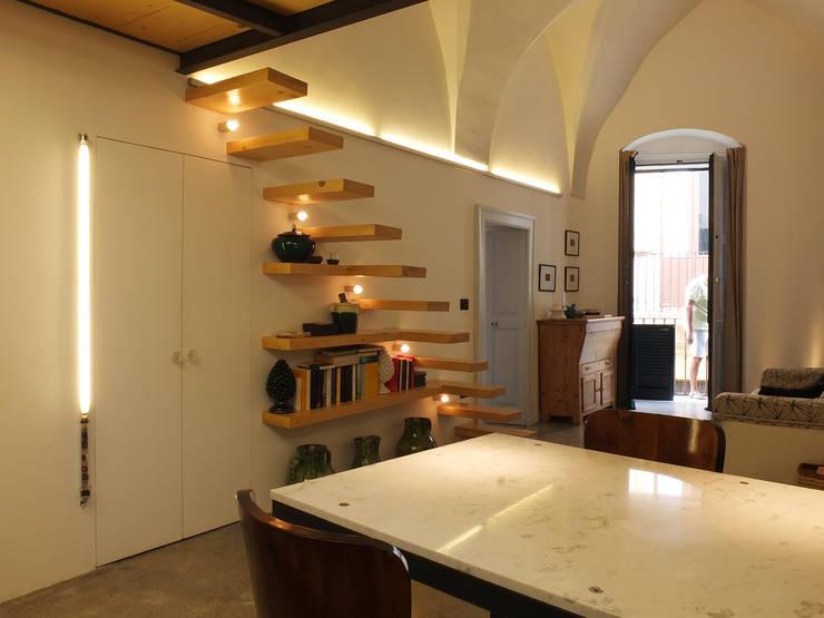 Comedores de estilo  de Ossigeno Architettura,