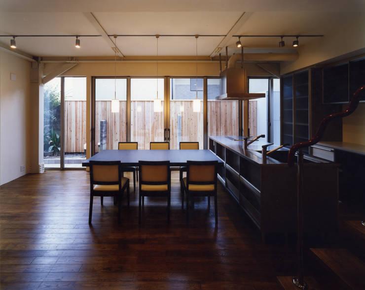 京都 伏見の家: boston-5が手掛けたダイニングです。,