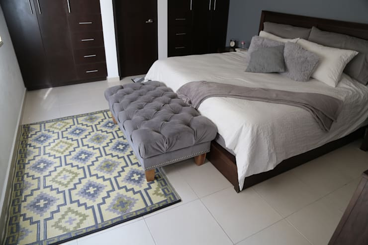 Tapetes: Recámaras de estilo  por Casa Porfiria