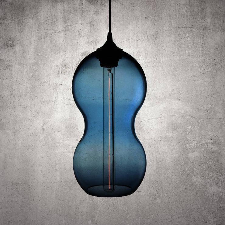 Cacahuate Azul: Pasillos y recibidores de estilo  por Luminosa ™