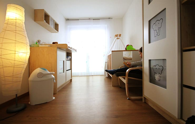 Kinderzimmer Fam. S. : moderne Kinderzimmer von Kathameno Interior Design e.U.