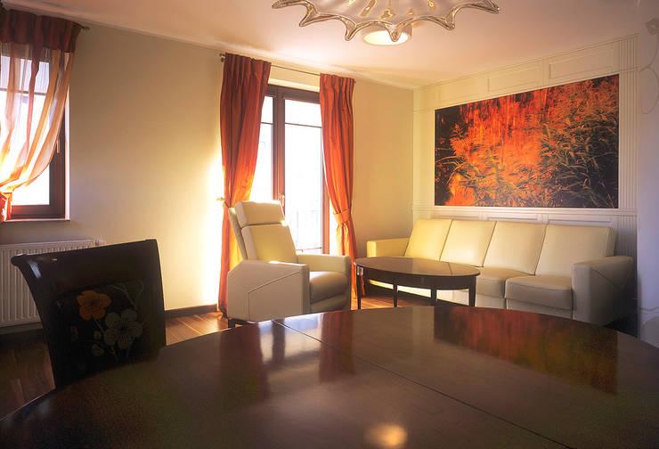 Apartament w Sopocie: styl , w kategorii Salon zaprojektowany przez Grafick sp. z o. o.,Klasyczny