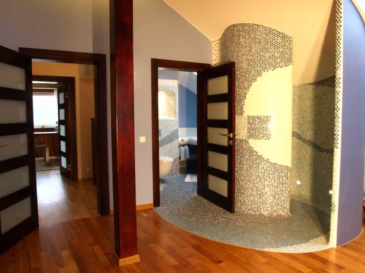 Dom w Gdyni: styl , w kategorii Siłownia zaprojektowany przez Grafick sp. z o. o.