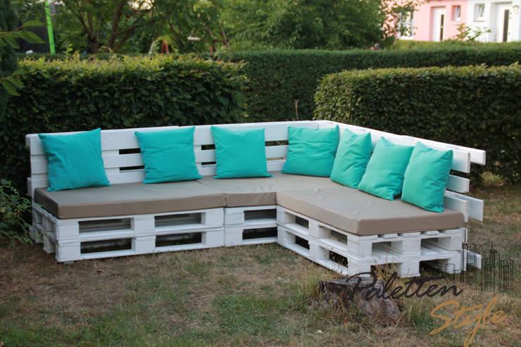 Projekty,  Balkon, weranda i taras zaprojektowane przez Paletten-Style