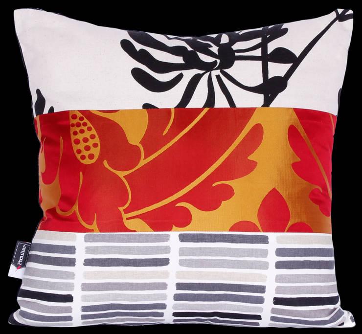 Cojín 45x45 cm en Patchwork: Hogar de estilo  por Sandra Molina
