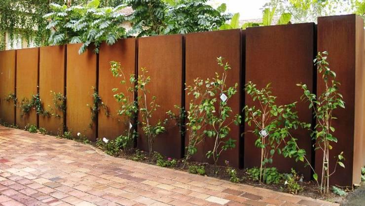 Jardines de estilo moderno por SO GARDEN