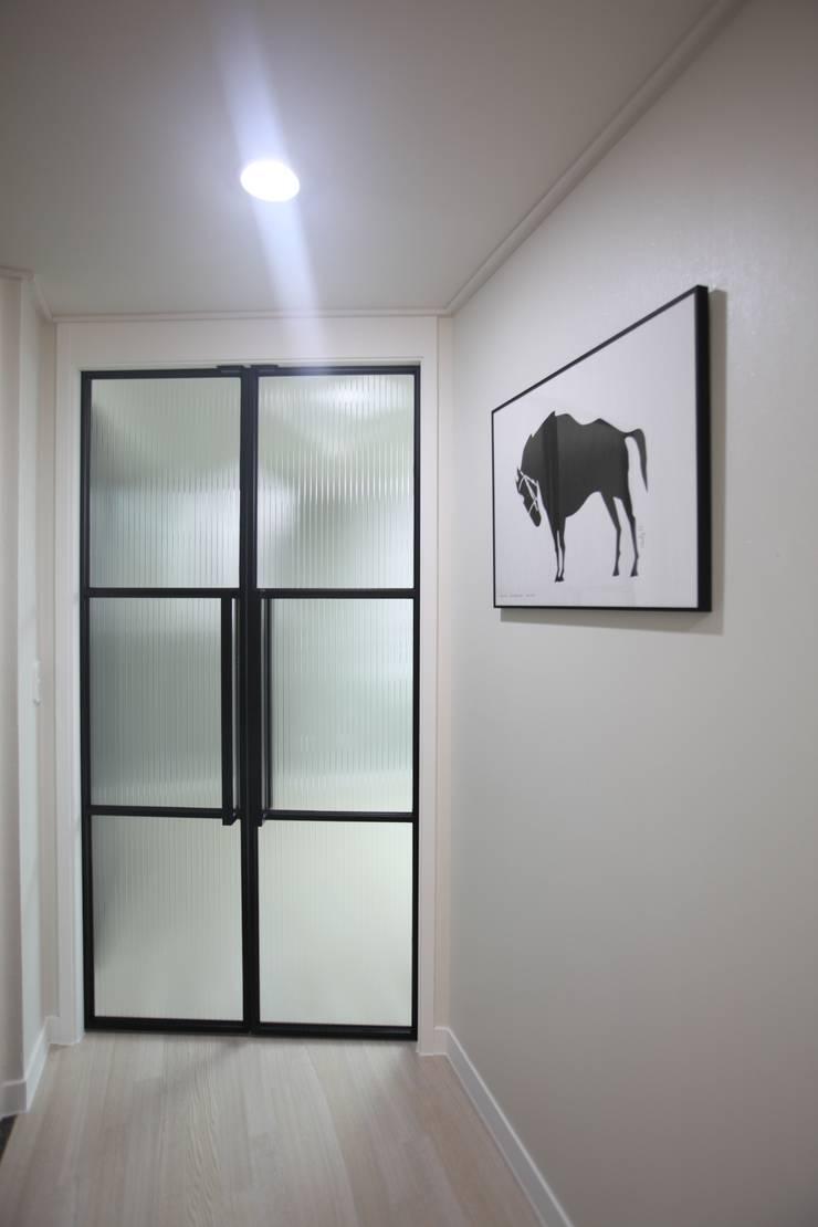 부산 더 샵 파크시티 : dall & style의  다이닝 룸,모던