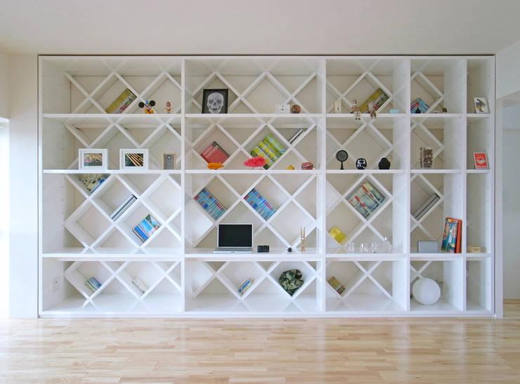 西葛西のリノベーション : 高田博章建築設計が手掛けた壁です。