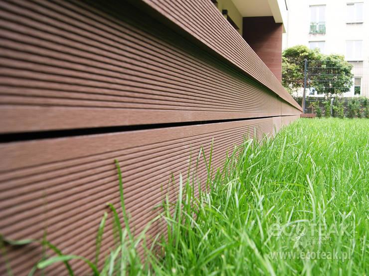 Taras, balkony i zabudowy wnęk - EcoTeak / miedziany brąz: styl , w kategorii  zaprojektowany przez EcoTeak Kompozyt Drewa,