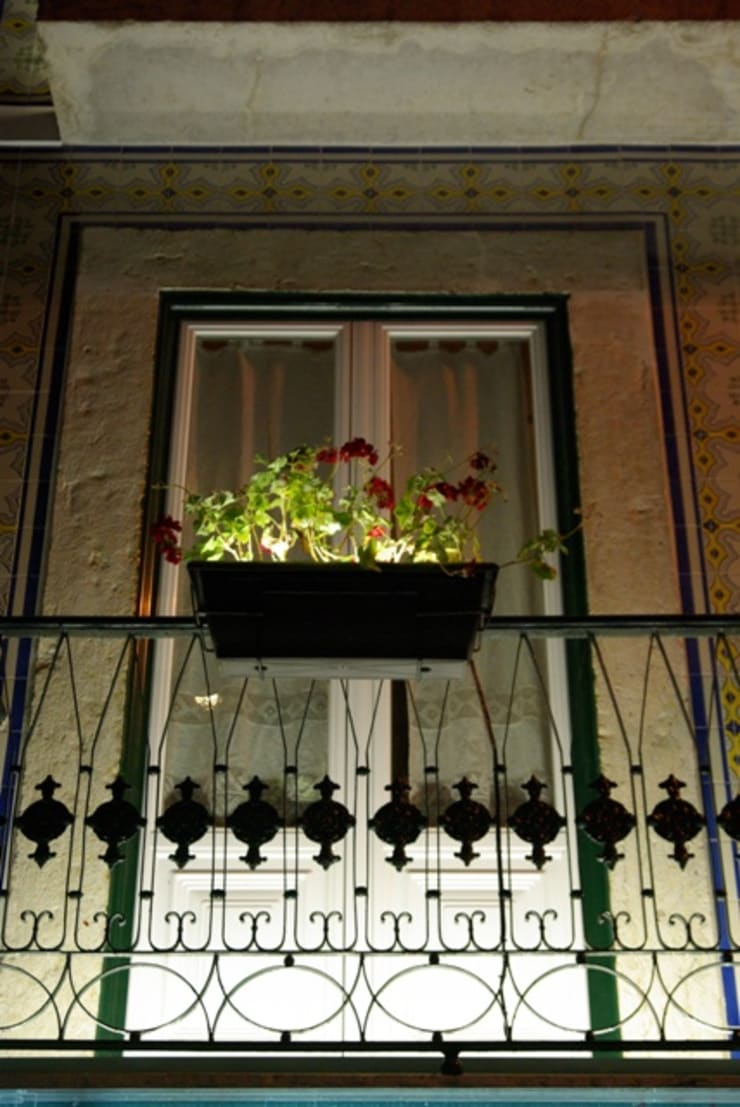 Restaurante <q>Solar dos Presuntos</q>: Espaços de restauração  por Visual Stimuli