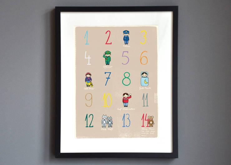 Poster mit Zahlen und Kinderreim:   von Familie kleiner Tiere,Skandinavisch Papier