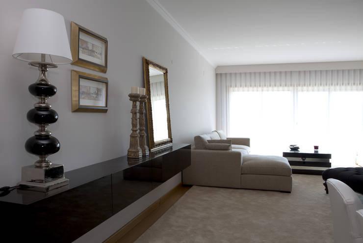 Decoração Apartamento:   por Lendas e Detalhes, Lda
