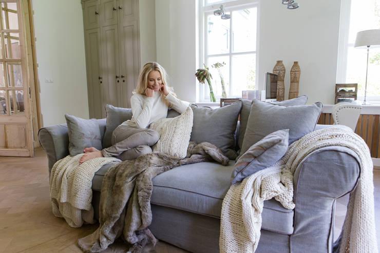 Riviera Maison Sofa:  Wohnzimmer von Villa Riviera