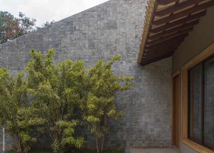 Casa Vila Campestre.: Casas  por AURORA Arquitetura - Design 4 Stays