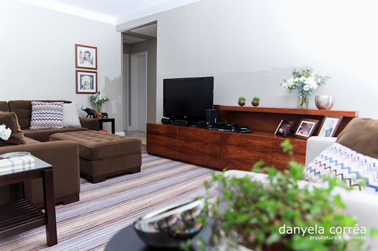 Projeto: Salas de estar  por Danyela Corrêa,