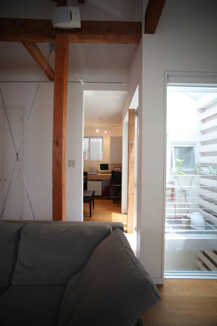 書斎: atelier mが手掛けた和室です。,