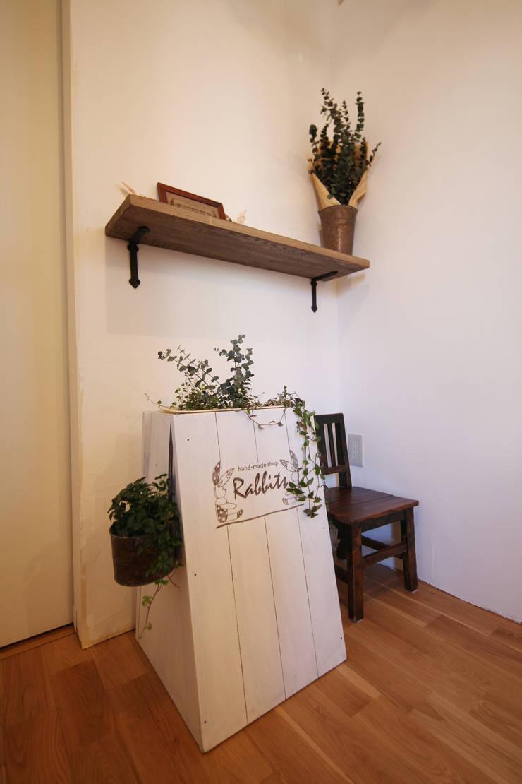 作業場: atelier mが手掛けた多目的室です。,