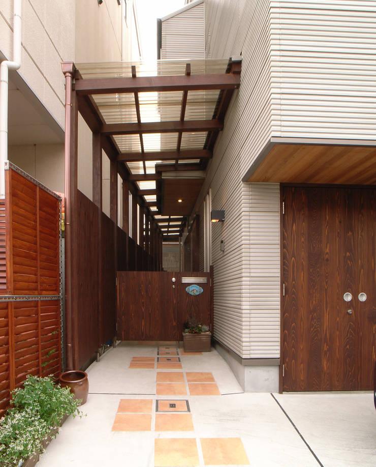 鷹匠町の家: 株式会社 atelier waonが手掛けた家です。