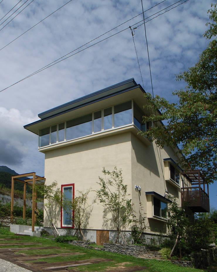skog: 株式会社 atelier waonが手掛けた家です。,