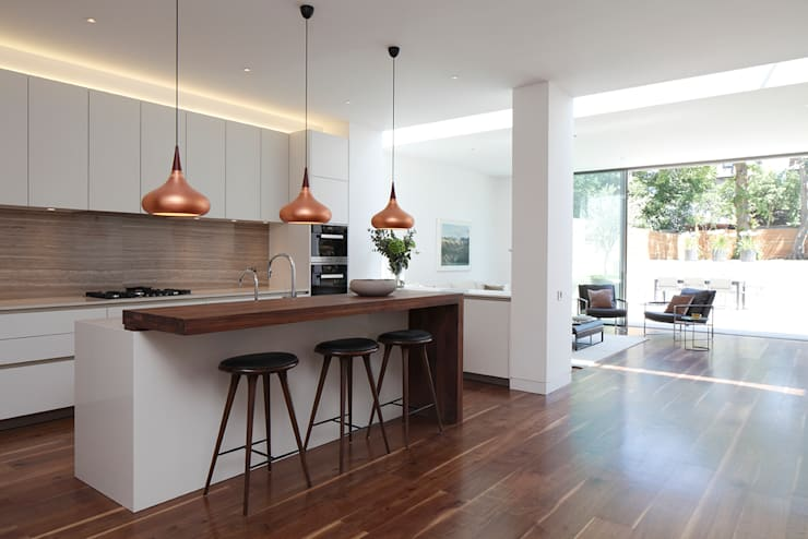 Macauley Road Townhouses, Clapham:  Kitchen by Squire and Partners