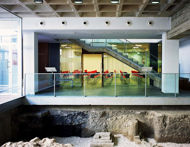 despues_1:  de estilo  de Herrero/Arquitectos