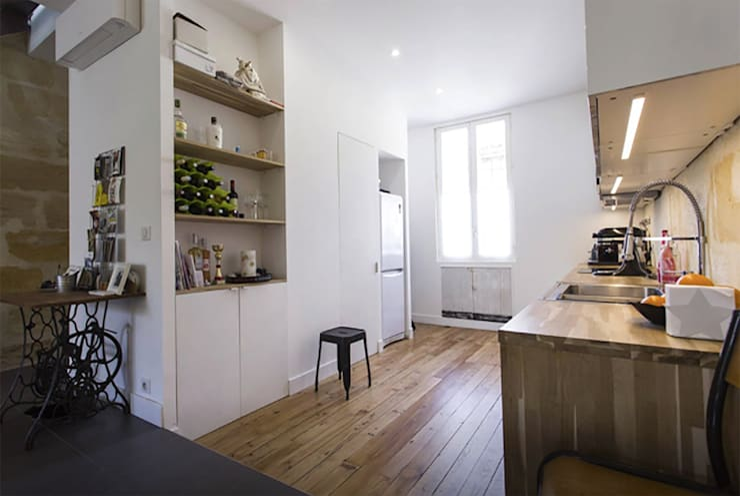 cuisine sur rue: Cuisine de style  par Cécilia Cretté architecte