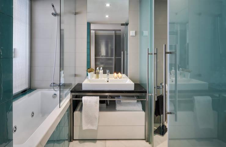 Ванные комнаты в . Автор – Silvia Costa |  Arquitectura de Interiores