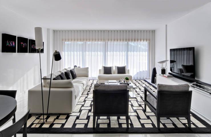 Apartamento Cascais: Salas de estar  por Silvia Costa |  Arquitectura de Interiores