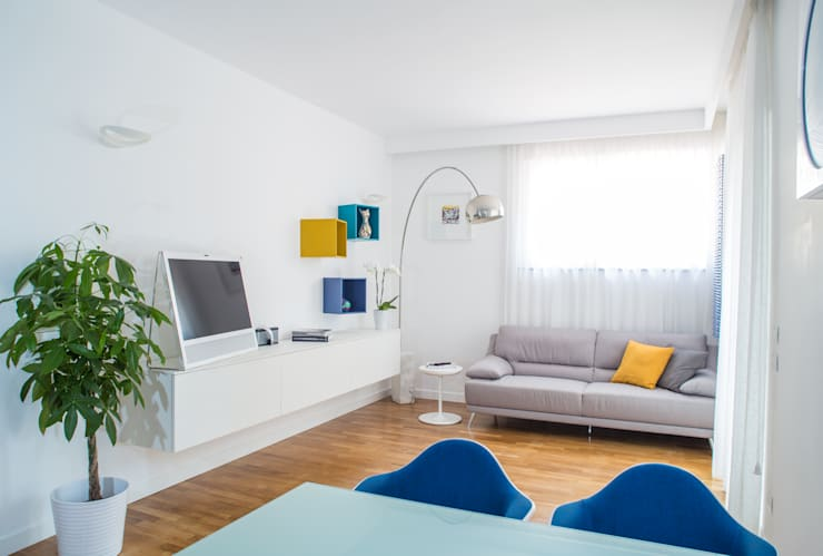 Appartamento C&F: Soggiorno in stile in stile Moderno di Marcella Pane