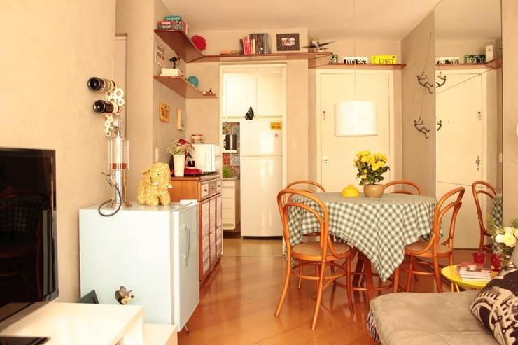 Living: Salas de jantar modernas por Ingrid Hirsch