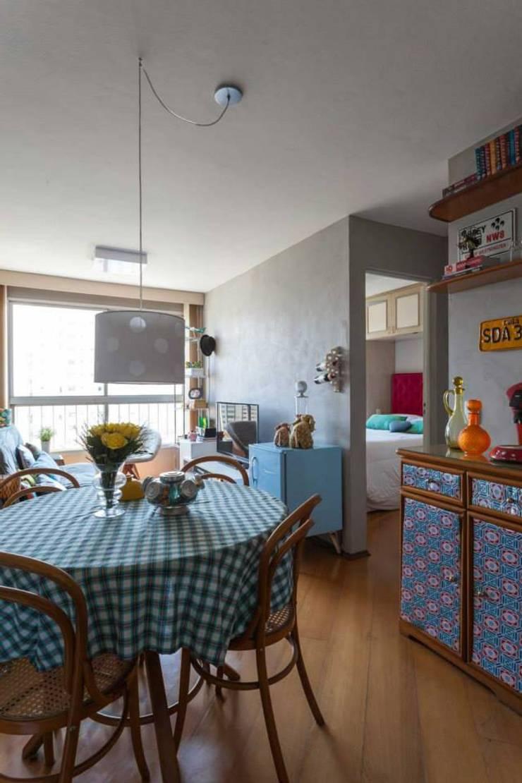 141 - Ipiranga : Salas de jantar modernas por Ingrid Hirsch