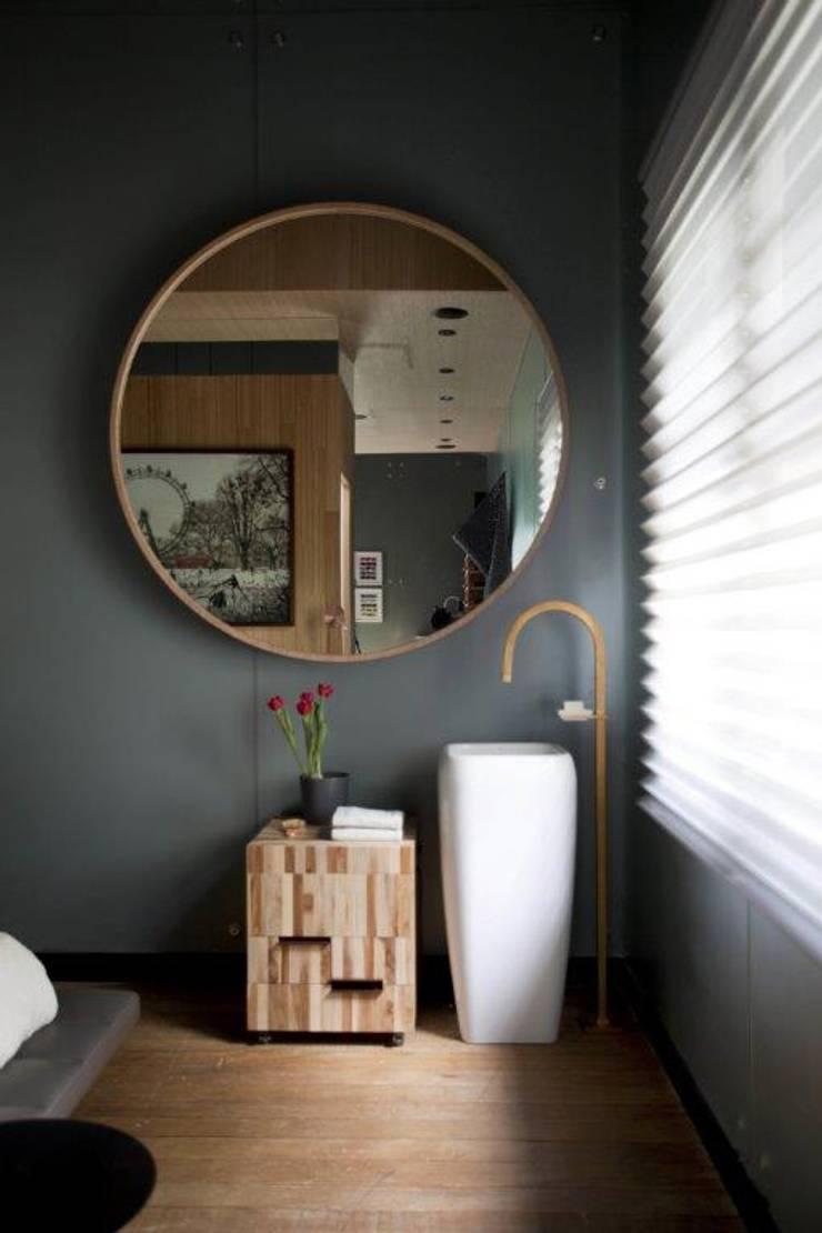 Banheiro desmembrado : Banheiros  por Patricia Martinez Arquitetura,Escandinavo