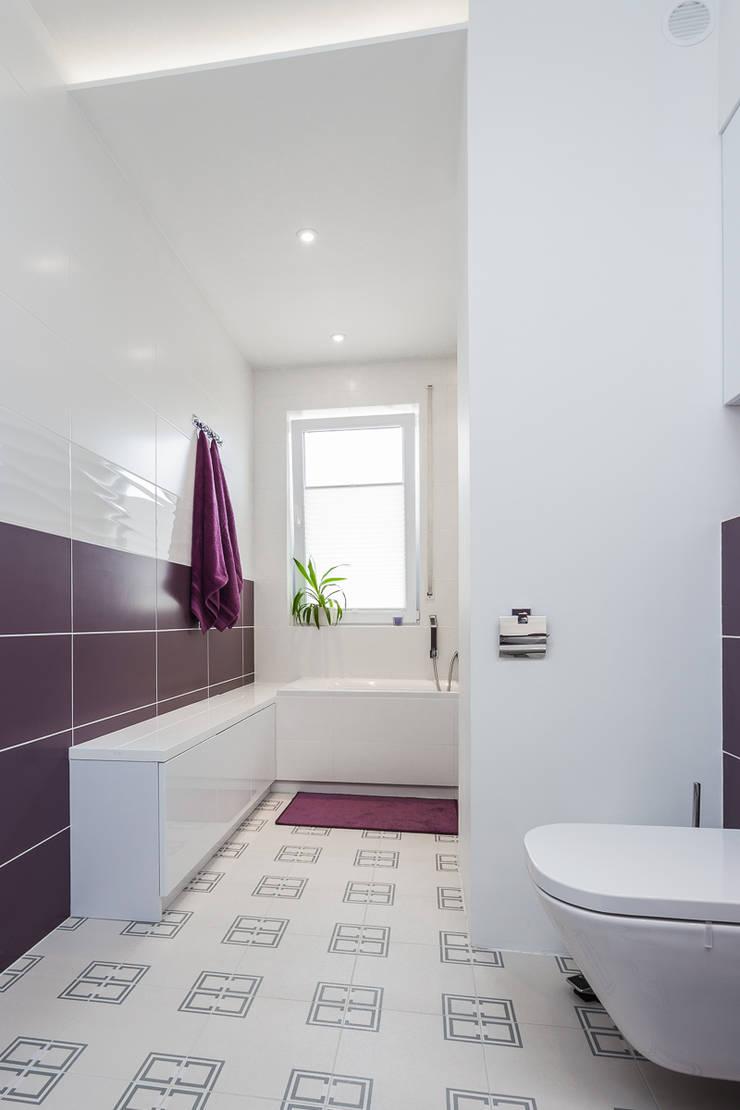 nowoczesna łazienka: styl , w kategorii Łazienka zaprojektowany przez Kameleon - Kreatywne Studio Projektowania Wnętrz,