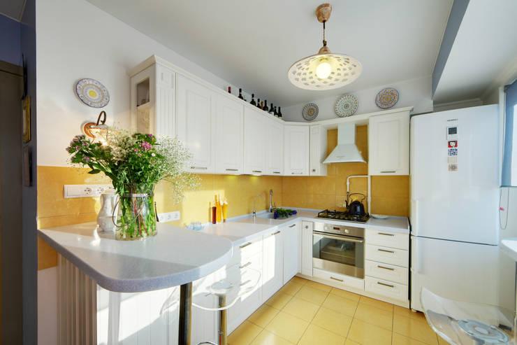 Дом дизайнера: Кухни в . Автор – Порядок вещей - дизайн-бюро,