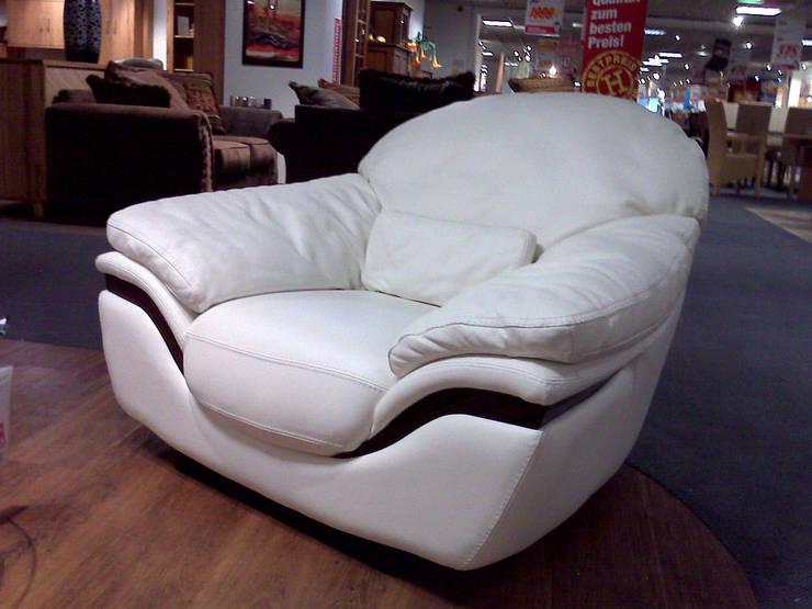 Zen fotel marki Nieri: styl , w kategorii Salon zaprojektowany przez Italian Style