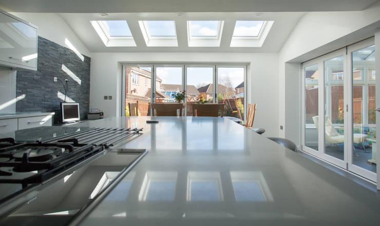 Kitchen Diner :  Kitchen by Design Studio Architects