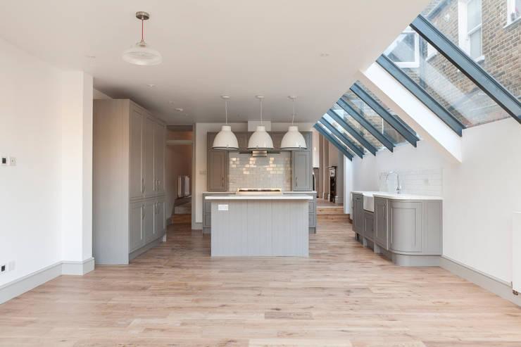Kensal Rise House:  Kitchen by Blankstone