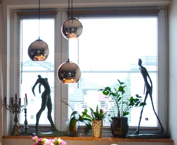 Detal okna: styl , w kategorii Salon zaprojektowany przez Studio Modelowania Przestrzeni