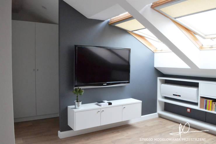 Sypialnia: styl , w kategorii Sypialnia zaprojektowany przez Studio Modelowania Przestrzeni,Eklektyczny