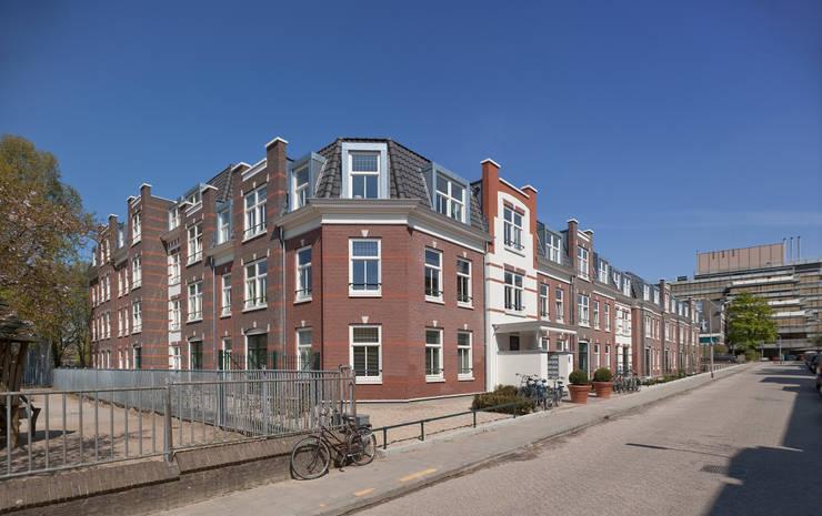 Appartementen te Nijmegen - Straatgevel - Hoek detail:  Huizen door Friso Woudstra Architecten BNA B.V., Klassiek