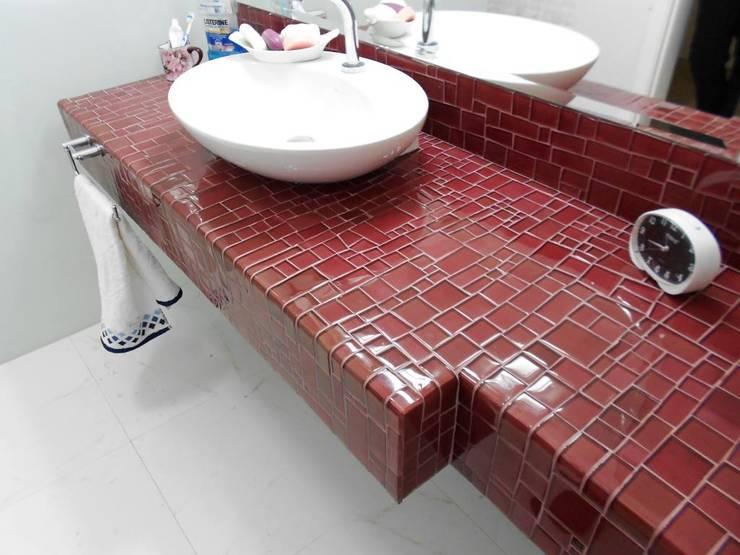 LINHA IRREGULAR - FABRICAÇÃO TESSA®: Banheiro  por tess