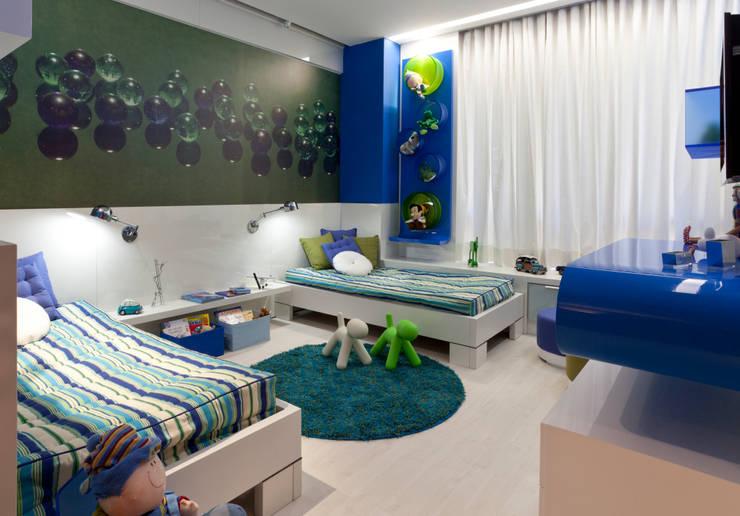 Quartos de criança  por Interiores Iara Santos
