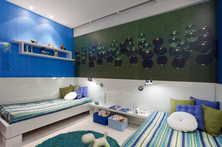 Dormitorios infantiles de estilo  de Interiores Iara Santos, Clásico