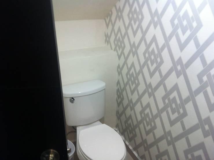 Baños de estilo  por VIVAinteriores, Moderno